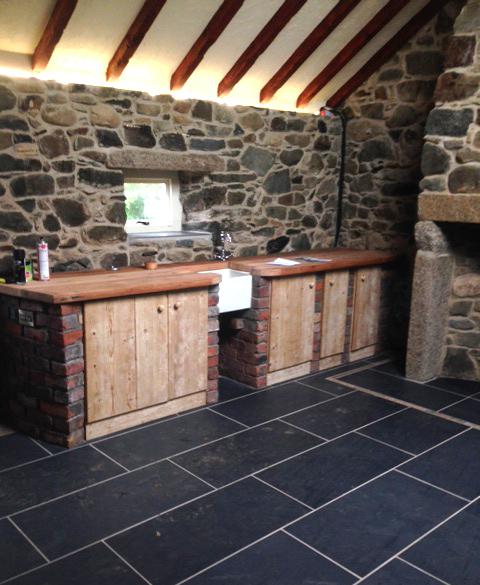 Reclaimed kitchen materials ideas