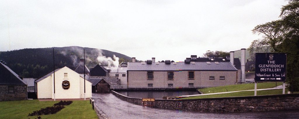 glenffidich_distilleryrlh1979_dufftown_speyside_scotland