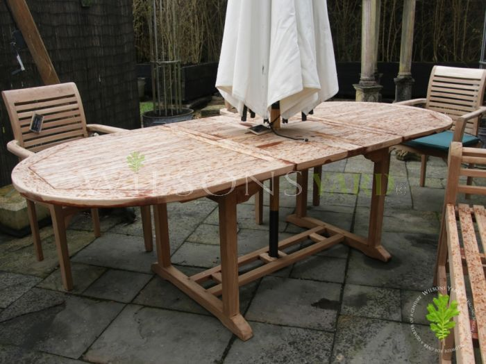 Beautiful Oval Extendable Table
