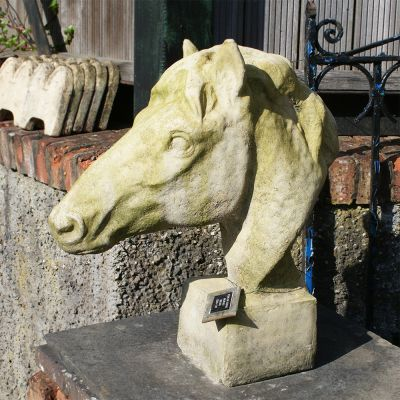 Pair of stone horses head sold ref inv no: 107462