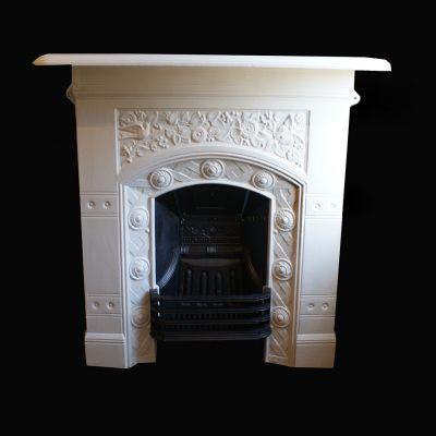 Beautiful detailed Edwardian cast iron fireplace