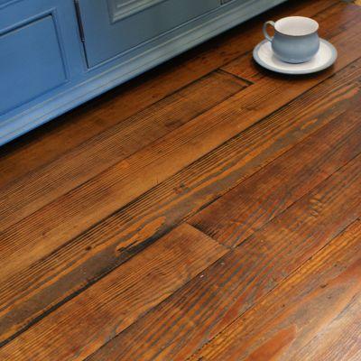 Reclaimed Bonnyrigg pitch pine strip flooring -(finish2)