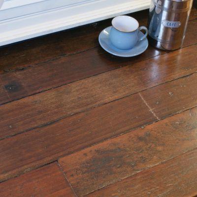 Vintage Colonial hardwood strip flooring  - (finish2)