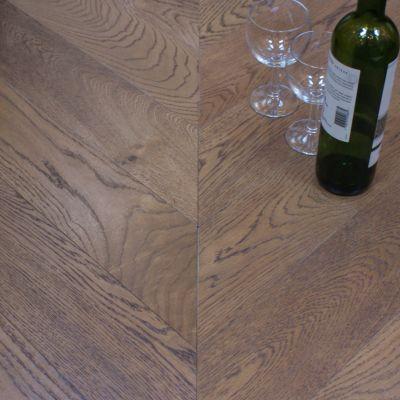 Engineered Oak faced Chevron woodblock
