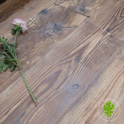 Reclaimed dark face beach board flooring