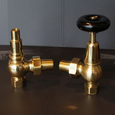 Traditional solid brass valve with Wooden Head