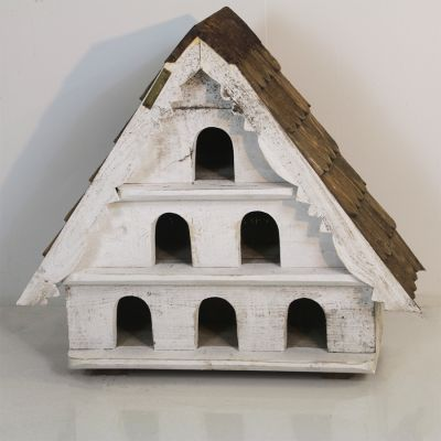 Beautiful handmade 3 tier dove cote