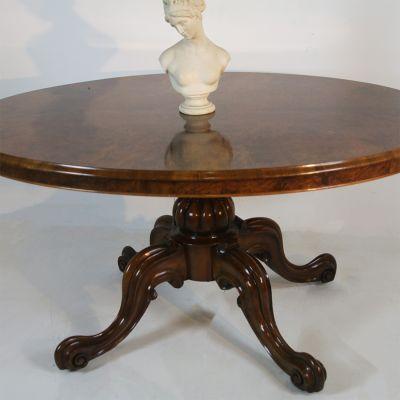 Victorian tilt top table in Burr Walnut