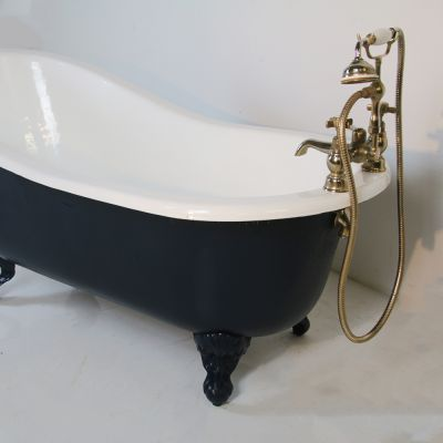 Vintage French style slipper bath