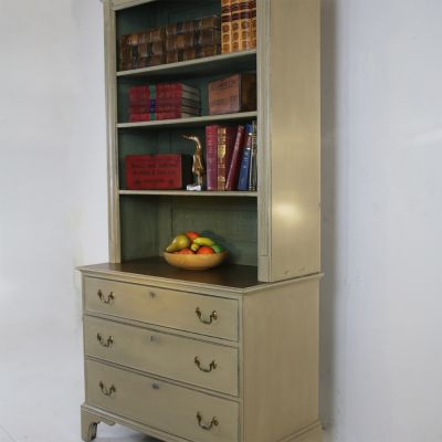 Petite bookcase with parquet topped base