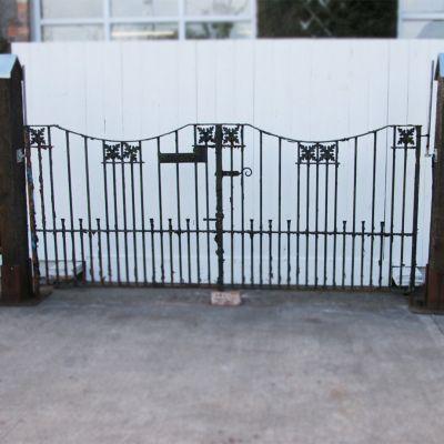 Pair of original vintage 1930's driveway / entrance gates with housename