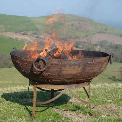 Original Kadai fire bowl on Gothic Stand 130CM - cannot get anymore removed ref ryan 18.6.21