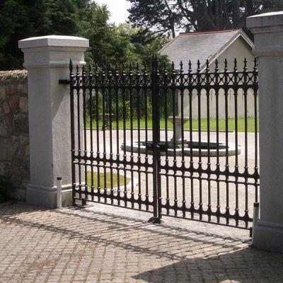 12FT x 6FT Sterling driveway gates