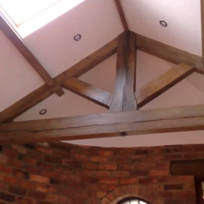 king post truss in Pine