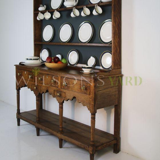 Vintage Georgian Oak dresser