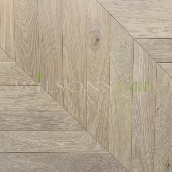 Pre finished engineered Oak flooring