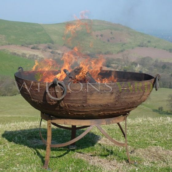 Original Kadai fire bowl on Gothic Stand 130CM