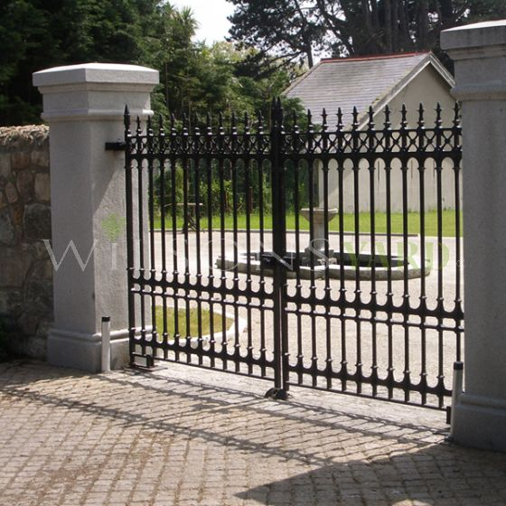 12FT x 6FT Sterling driveway gates