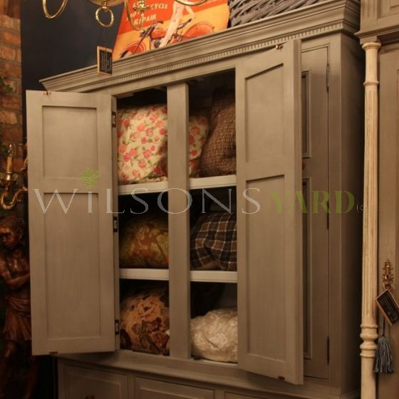 Country Kitchen Larder / Linen Press