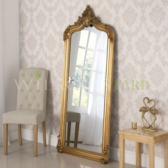 Beautiful Gold gilt mirror with beveled glass